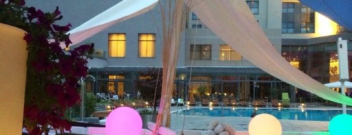 Light Blå Terrace is one of Matei'nin Beğendiği Mekanlar.