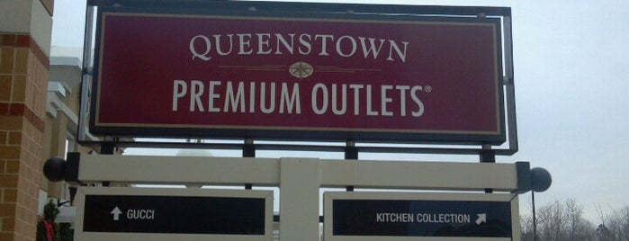Queenstown Premium Outlets is one of Chris : понравившиеся места.