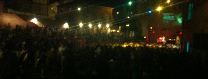 Biografilm Festival 2013 is one of สถานที่ที่ Leonardo ถูกใจ.