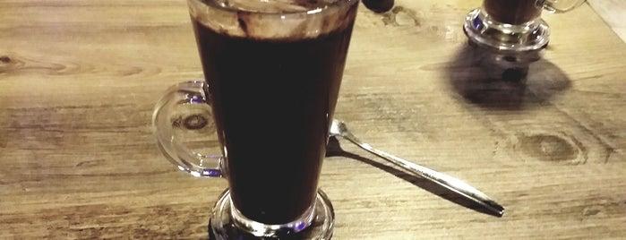 Oscar Cafe & Restaurant is one of Yunus'un Beğendiği Mekanlar.