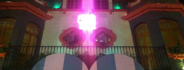 Salón Amor is one of Lieux qui ont plu à Time Out México.