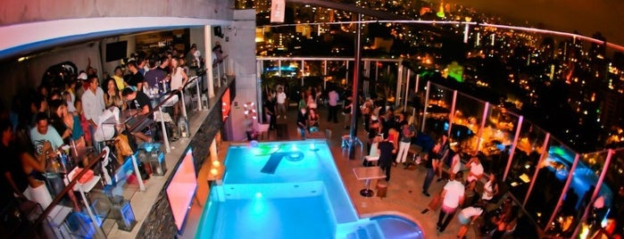 Envy Rooftop is one of Medellin bebida.