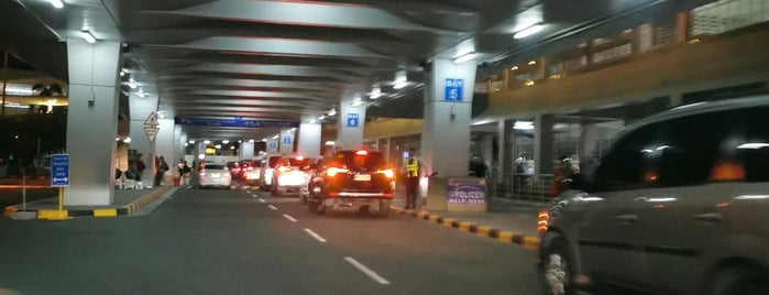 NAIA Terminal 2 Arrivals is one of Shank 님이 좋아한 장소.
