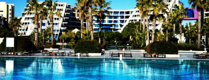 Susesi Luxury Resort is one of Orte, die Engin gefallen.