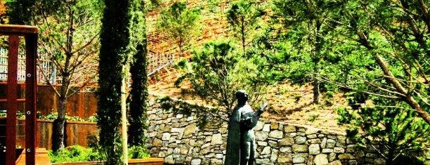 Parque De La Tuna is one of Carmeさんの保存済みスポット.