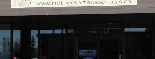 Mother Earth Essentials is one of Orte, die Darren gefallen.