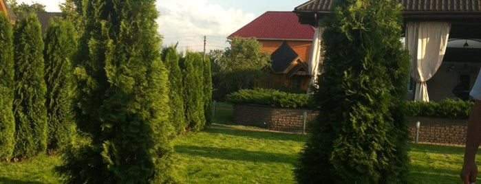 "Резиденция ""Горный Ручей"" is one of Posti che sono piaciuti a Саша."