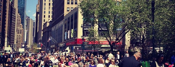 Herald Square is one of Ashley 님이 좋아한 장소.