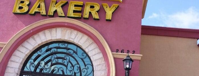 Tepatitlan Bakery is one of Locais curtidos por Priscilla.
