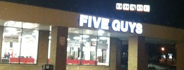 Five Guys is one of Locais salvos de Michelle.