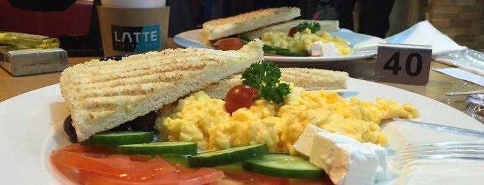 Latte Bistro Cafe is one of Tempat yang Disukai Таня.