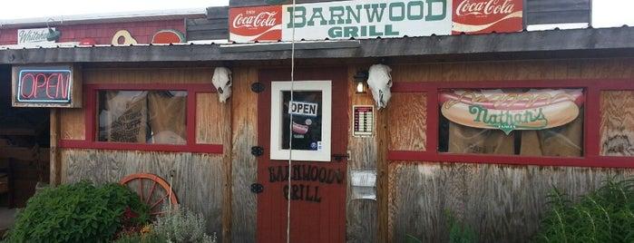 The Barnwood Grill is one of Orte, die Tucker gefallen.