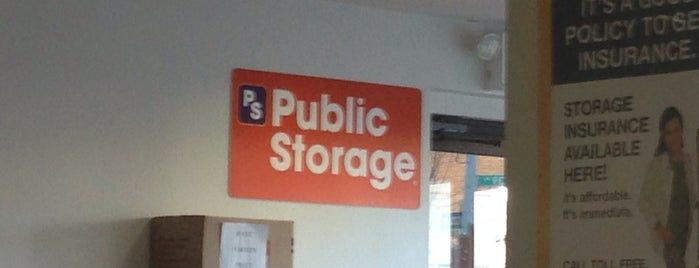 Public Storage is one of Tempat yang Disukai Shawntini.