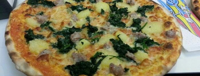 Bar Pizzeria Bigno is one of Otros lares.