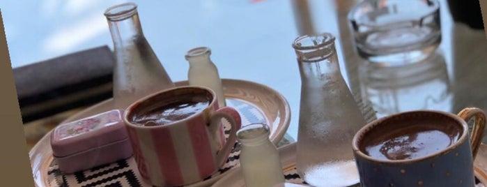 Artisan Kitchen & Kalyan is one of Lieux qui ont plu à Gulsen.