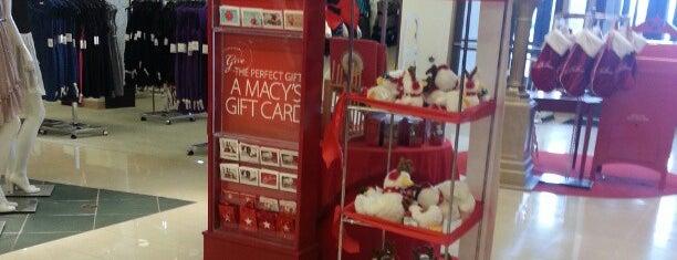 Macy's is one of สถานที่ที่ PrimeTime ถูกใจ.