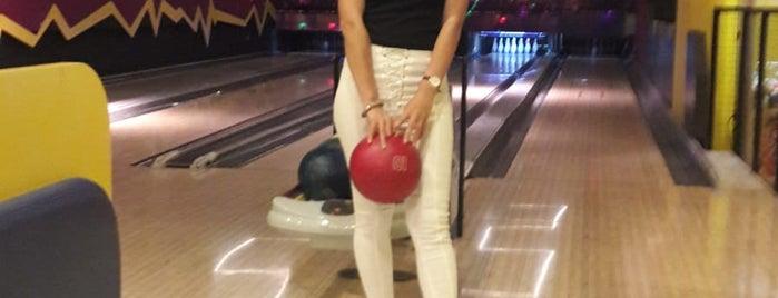 256 Bowling ve Eğlence Merkezi is one of ✨💫GöZde💫✨さんのお気に入りスポット.