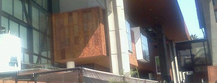Centro Cultural Gabriela Mistral is one of Los mejores de mi barrio.