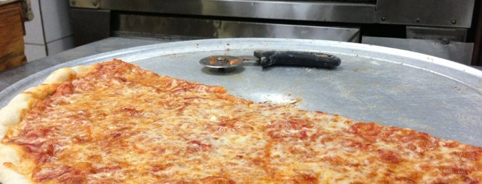 Olga's Pizza is one of Manhattan To-Do's (Above 34th Street).