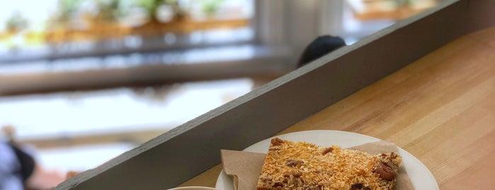 Prado Cafe is one of Orte, die Dominic gefallen.