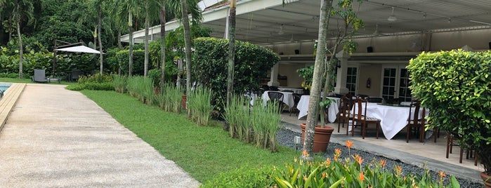 Goodwood Park Hotel is one of Singapore To-Do.
