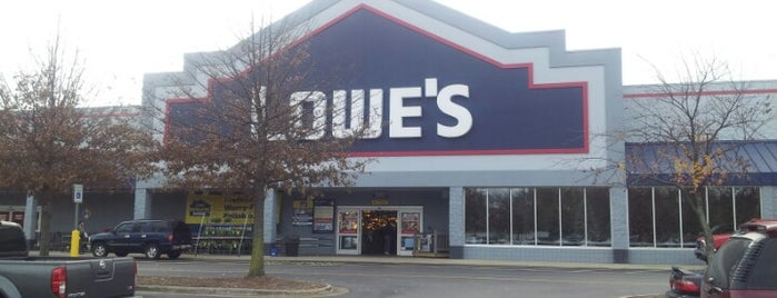 Lowe's Home Improvement is one of Posti che sono piaciuti a Ryan.