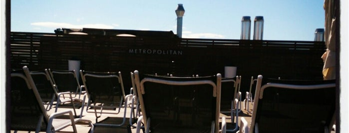 Club Metropolitan is one of Lugares favoritos de Sunna.
