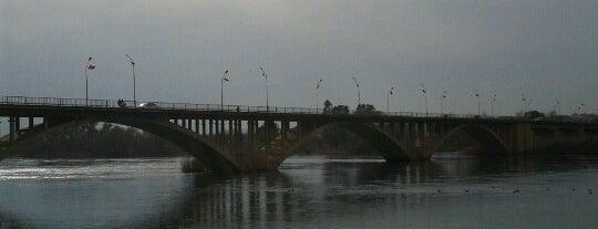 Birecik Köprüsü is one of Şanlıurfa.
