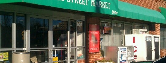 Peace Street Market is one of Locais curtidos por Morgan.