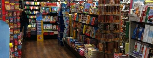 Libreria Giunti al Punto is one of สถานที่ที่ Barbara ถูกใจ.