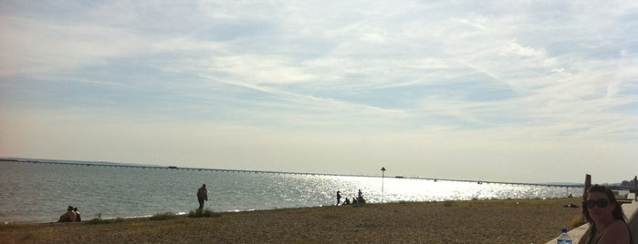 Ocean Beach is one of Leigh-on-Sea Favs.