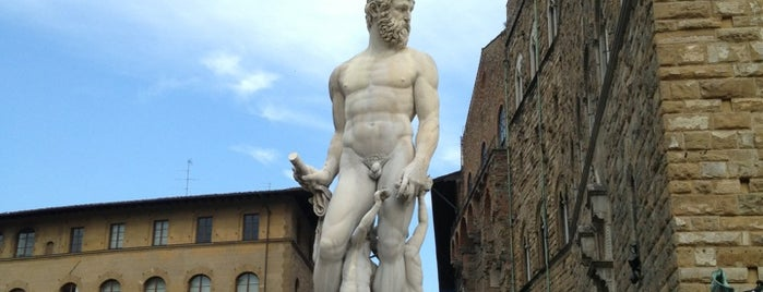 Fontana di Nettuno is one of Italien.
