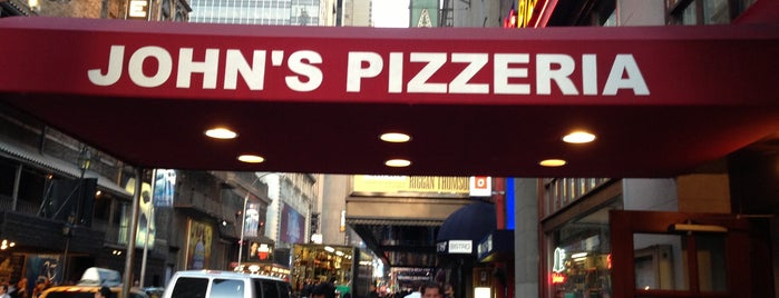 John's Pizzeria is one of Places to visit in the US of A!.