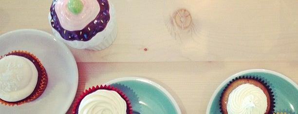 Merry Cupcakes is one of Posti salvati di Alex.