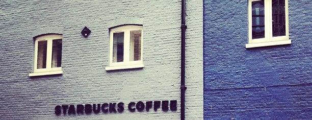 Starbucks is one of Tempat yang Disimpan Maria.