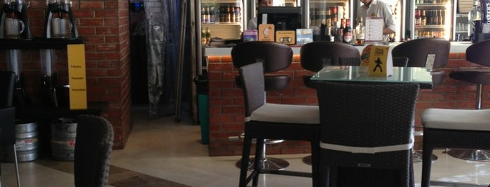 The Beer Café is one of Gurgaon.