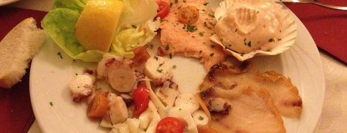 Ristorante Pizzeria IX miglio is one of Tempat yang Disukai Nami.