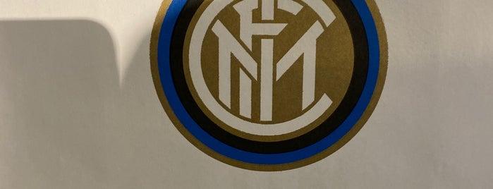 Inter Store Milan is one of Posti che sono piaciuti a Putri.