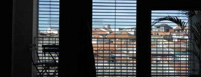 Design Oporto Flats is one of Locais curtidos por Krzysztof.