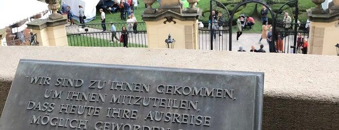 Velvyslanectví Spolkové republiky Německo is one of Prága.