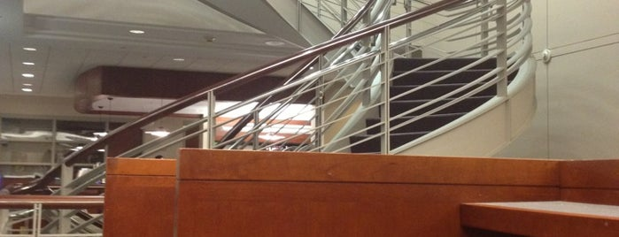 Pardee Library (Boston University School of Management) is one of Sonia : понравившиеся места.