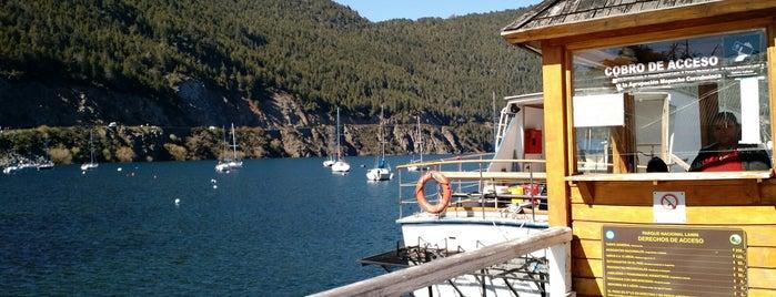 Muelle del Lago Lácar is one of Locais curtidos por Gabriel.