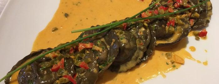 Tratoria Sole E Luna is one of Food & Fun - Quito.