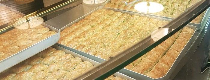 Metro Restaurant is one of Sedaさんのお気に入りスポット.