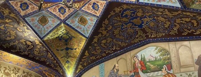 Bahar Narenj Café | کافه بهارنارنج is one of Isfahan.