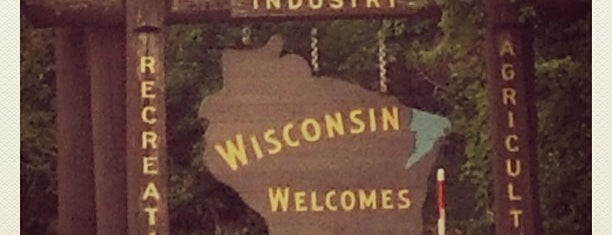 Wisconsin / Minnesota State Line is one of Orte, die Austin gefallen.