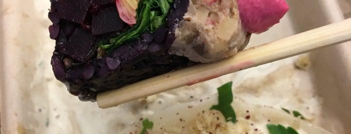 Beyond Sushi is one of Tempat yang Disukai Tinashe.