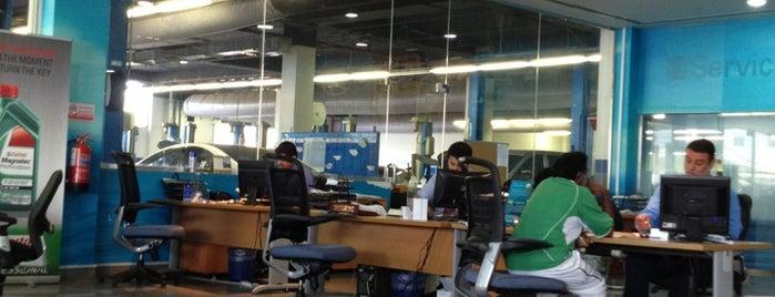 Hyundai Main Service Centre is one of Lugares favoritos de Tawfik.