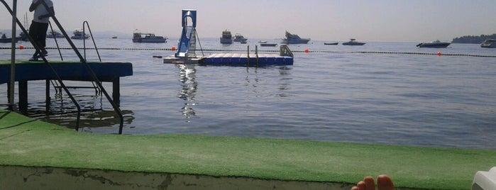 Nakibey Plaj Tesisleri is one of tt. 님이 저장한 장소.