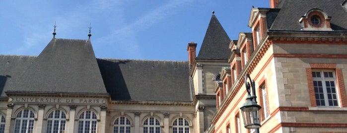Cité Internationale Universitaire is one of Frederic 님이 좋아한 장소.
